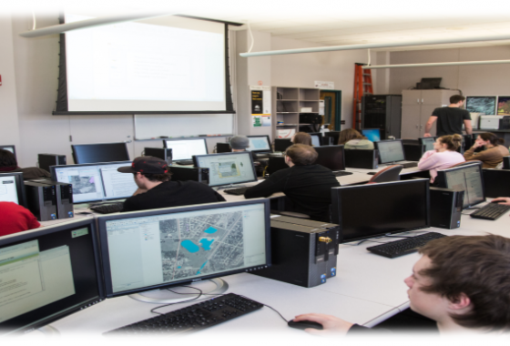 gis students in lab